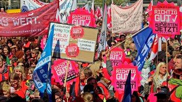 Zentrale Streikversammlung in Hannover