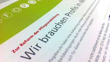 Foto von Flugblatt zur Reform der Pflegeausbildung