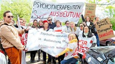 Psychotherapeuten in Ausbildung (PiA)