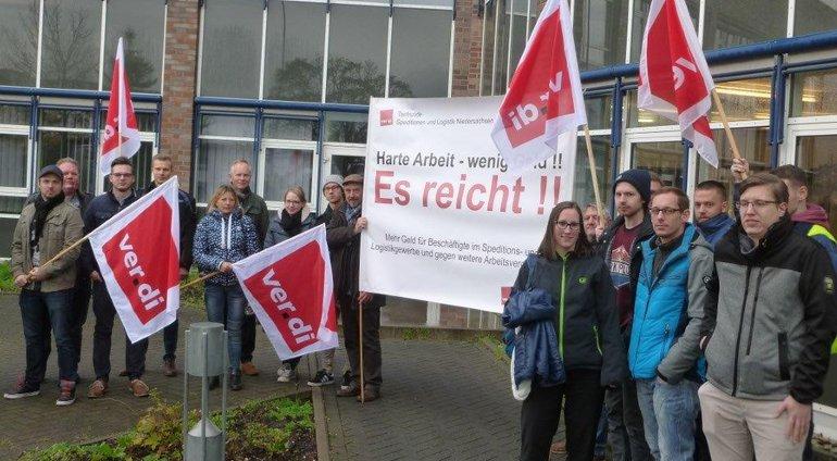 Protestaktion bei Hellmann in Lehrte