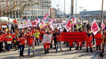 Streiktag in Kiel: Der Rettungsdienst ist dabei