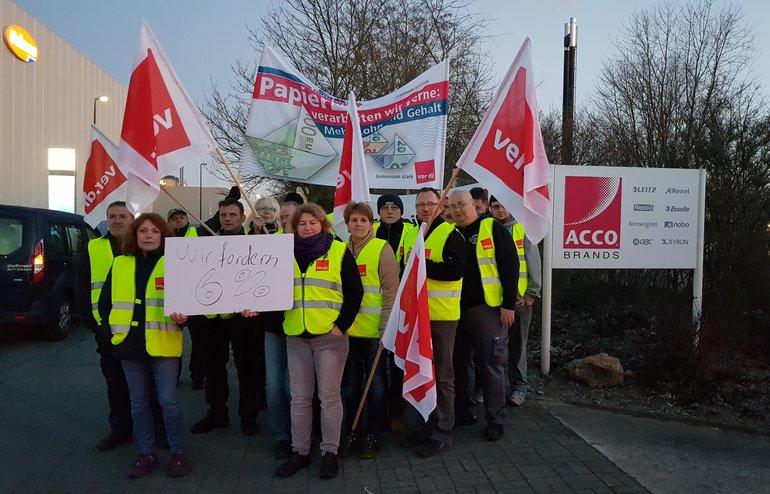 Warnstreik bei Leitz Acco Brands in Uelzen am 15.02.2019