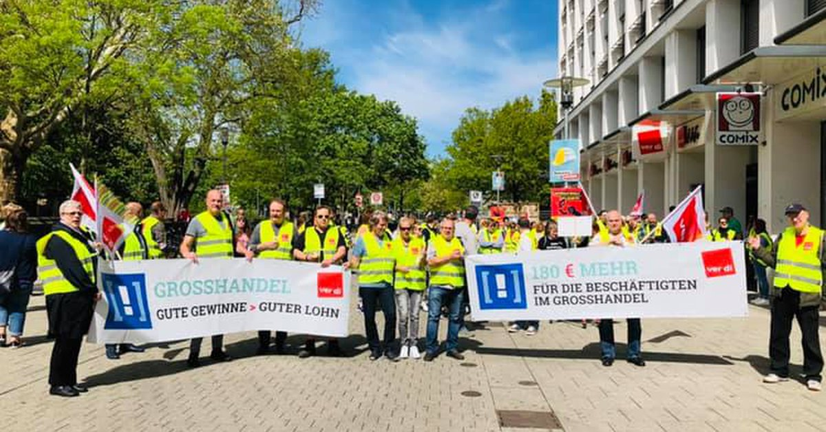 100 Betriebsräte Geben Startschuss Zur Tarifrunde
