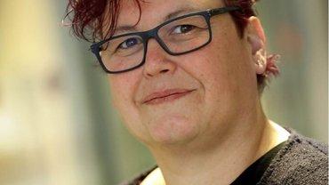 Silke Präfke arbeitet als Krankenschwester im Bundeswehrzentralkrankenhaus Koblenz. Sie ist Präsidentin des ver.di-Pflegebeirats und Mitglied der Vertreterversammlung der Pflegekammer Rheinland-Pfalz.