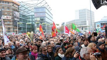 8500 Menschen auf dem Aegi in Hannover
