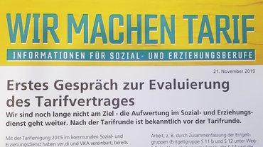 """Flyer """"Wir machen Tarif""""; Erstes Gespräch zur Evaluierung des Tarifvertrages"""
