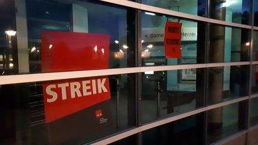 Ersten Streiktag der WESAVI-Beschäftigten in Nienburg am 01.08.2021