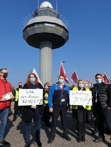 """Flughafensicherheit am HAJ: """"Schluss mit Überlastung!"""""""